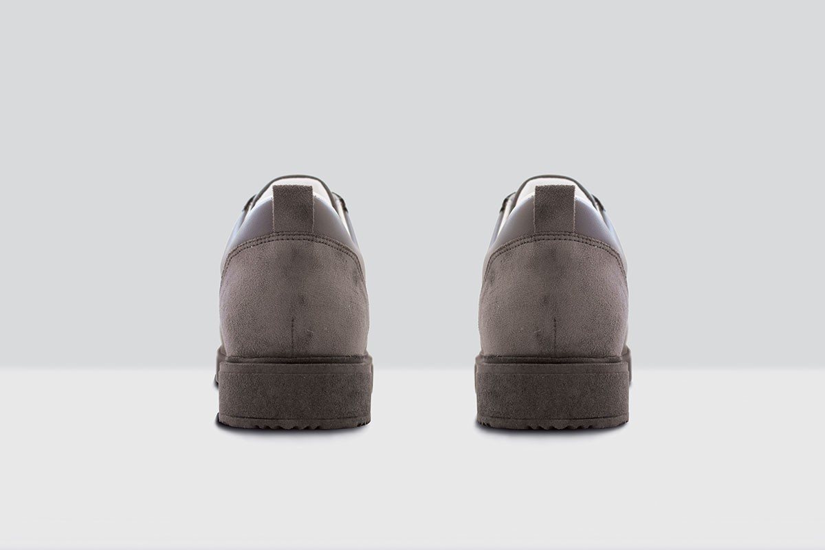 Royal Derby Nappa - 82 - Grey