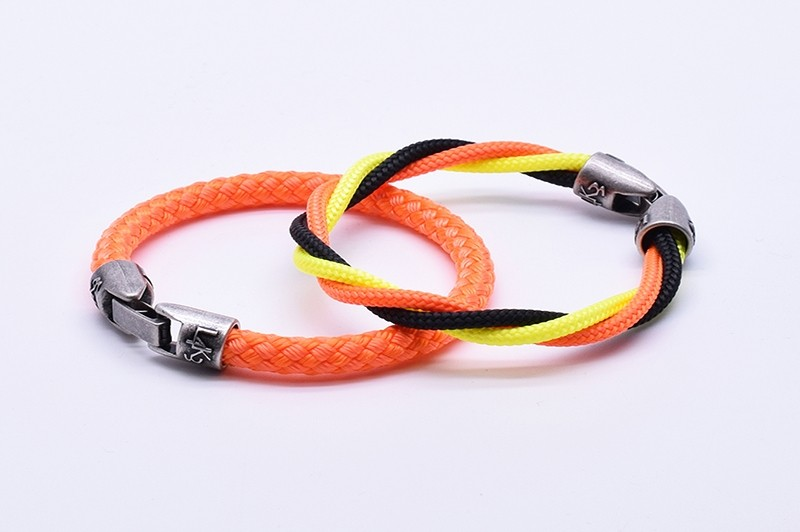 MUST 28 - Arancio Fl. Giallo Fl. Nero Arancio Fl.